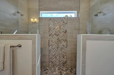 CraftMaster -  Bancroft II Owners Shower