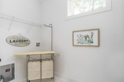 CraftMaster -  Townsend Grand Laundry Room
