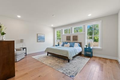 CraftMaster -  Dogwood Owners Bedroom